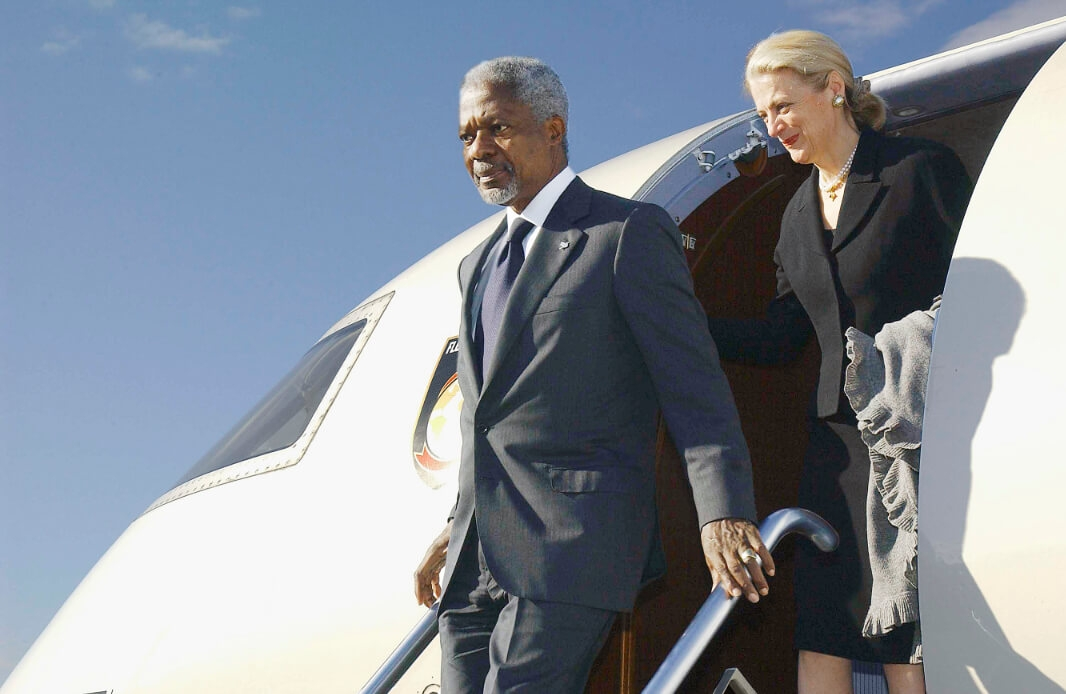 Secretary-General Kofi Annan and Nane Annan, arriving in Zagreb for their official visit to Croatia.